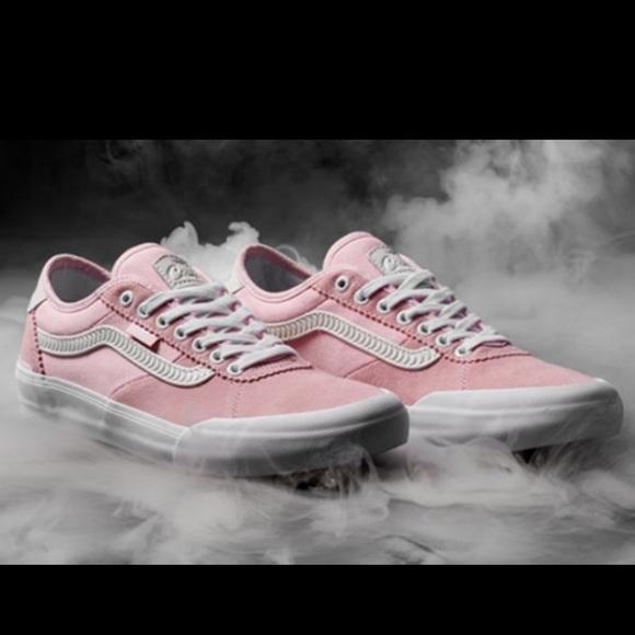 1ea54d55a20 Vans Pink X Spitfire - Ladies 7.5. M 5c3633ce035cf11b11faec3f